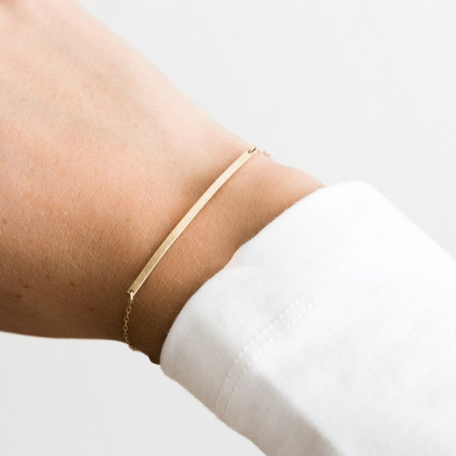 Laramoi Personality Women Bracelet Long Strip Metal Charm Female Bracelet Stainless Steel Gold/Silver Color Jewelry Gifts